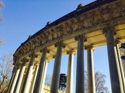 enriquecidos con columnas en sus aristas