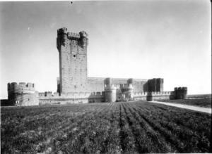 Castillo de La Mota en los años 40 [Archivo Moreno]