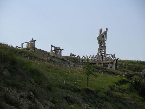 Monumento de la batalla de Noáin en Salinas de Pamplona