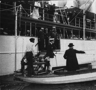 6 de septiembre de 1906, en presencia del Rey Alfonso XIII y ante una gran multitud, hizo una demostración del Telekino en el puerto de Bilbao,