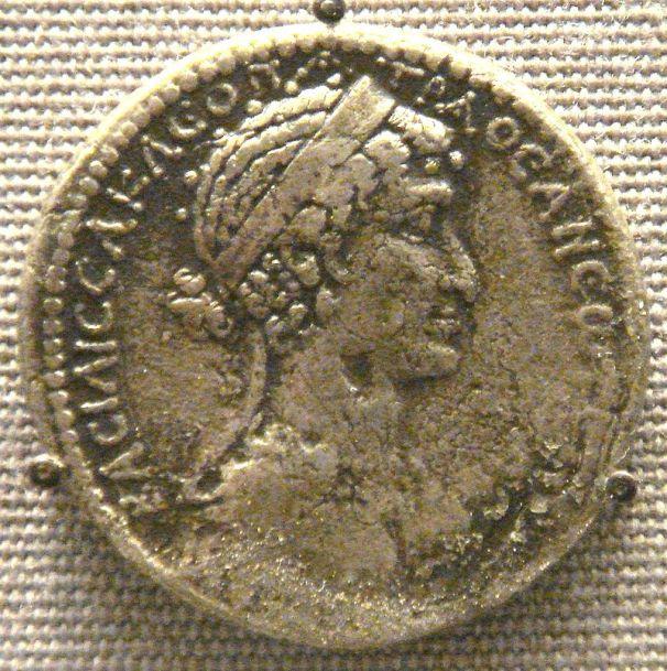 Tetradracma de Cleopatra VII, acuñado en Siria.