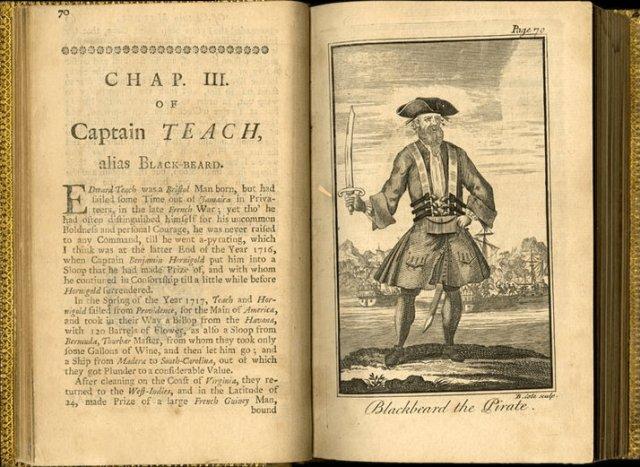 """Capítulo del libro """"General History of the Pyrates"""" dedicada a Barbanegra (1724)"""