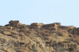 Vista desde la playa de la posición de Sidi Dris [ Foto: @Retohistorico (c) ]