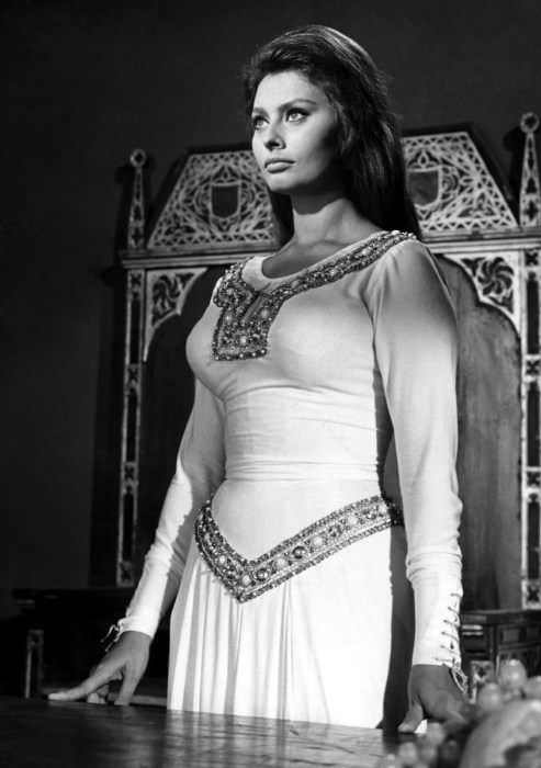 Sofía Loren como Jimena en la película El Cid