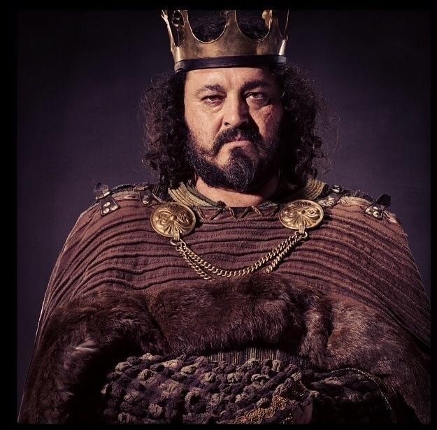 ragnar rey aelle vikings