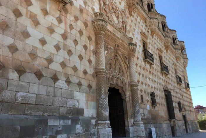 guadalajara infantado monumentos turismo