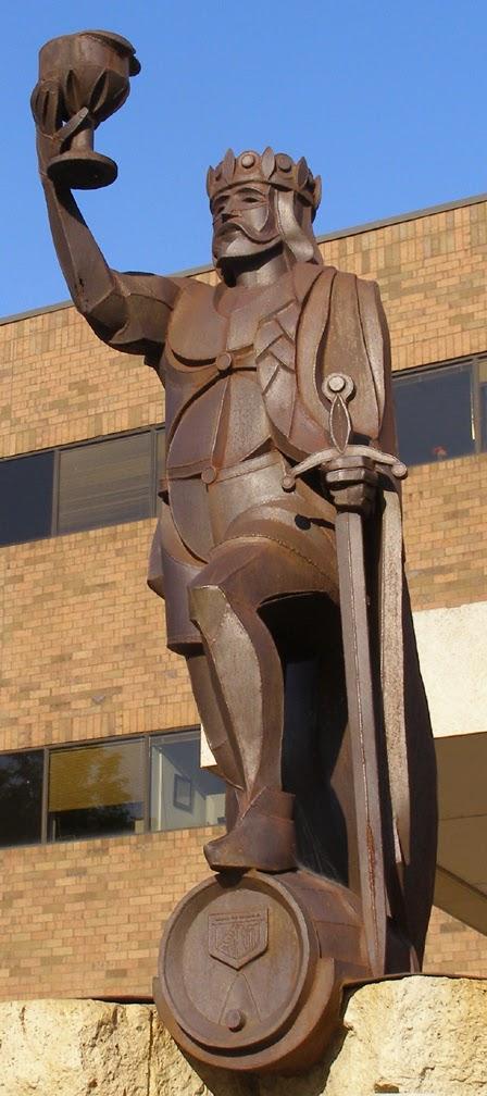 estatua gambrinus