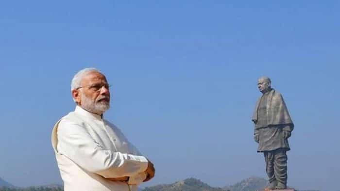 estatua grande historia