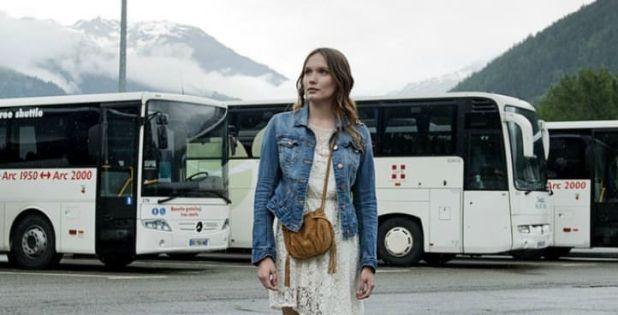 Les Revenants 1x06 Lucy en el autobús