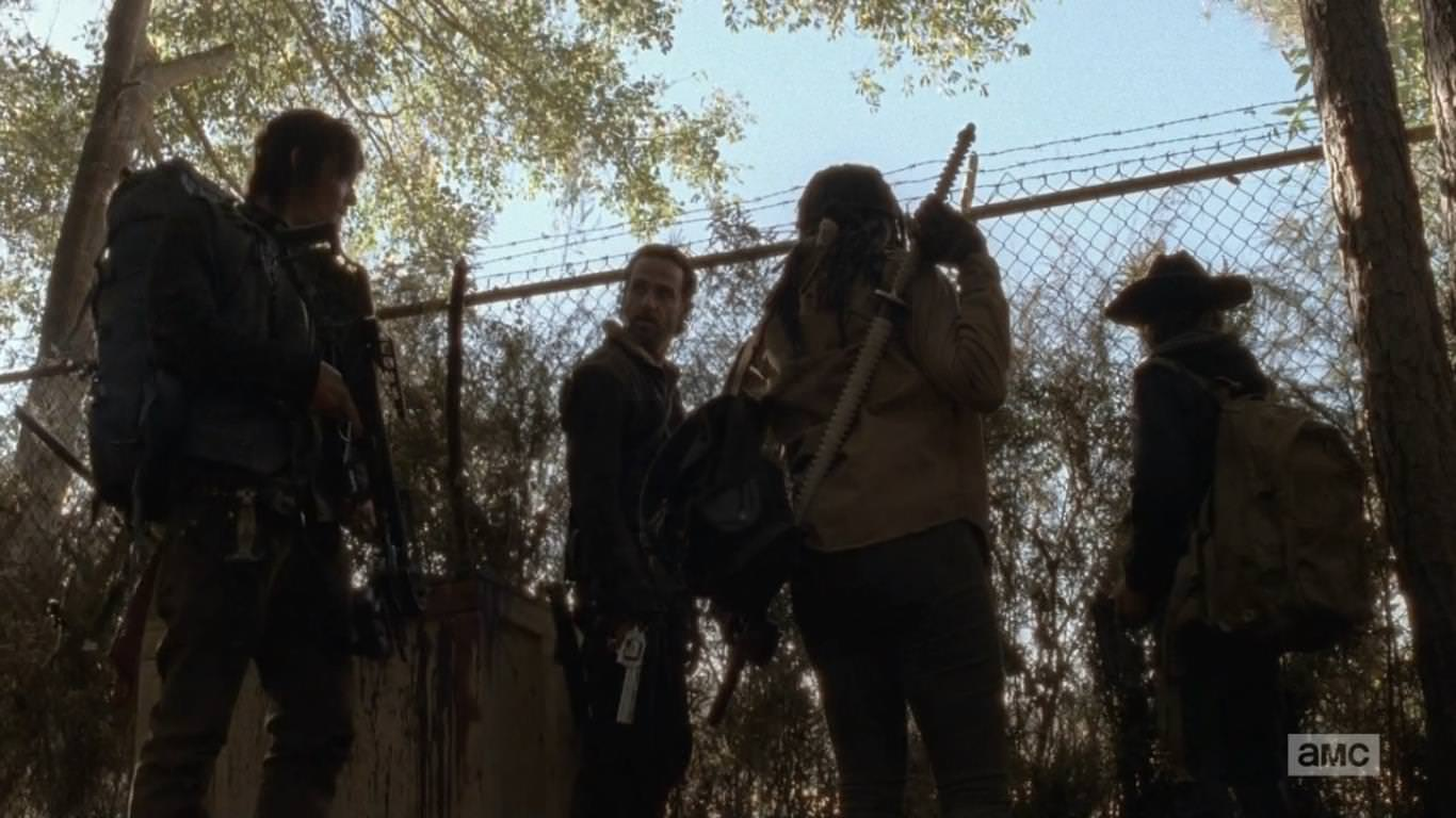 The Walking Dead 4x16 A - El grupo de Rick decide entrar a Terminus