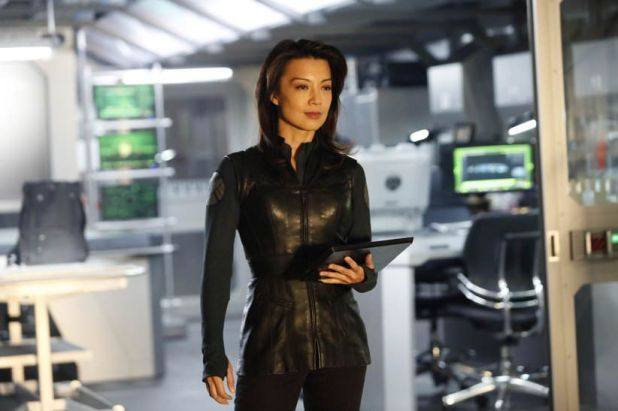 Agents of SHIELD 1x14 Tahiti - Agente May