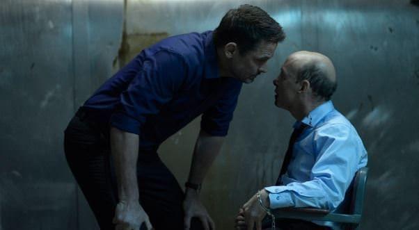 Helix 1x13 Dans l'hombre - Alan torturando