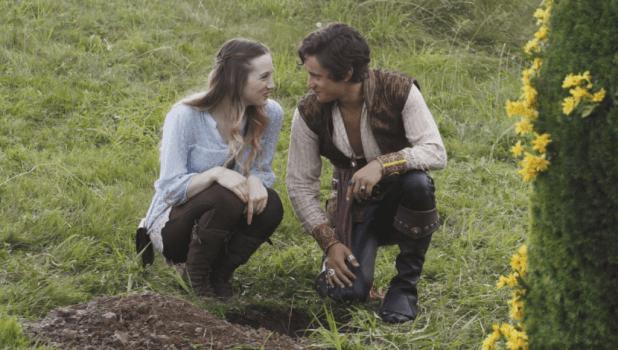 Crítica de Once Upon a Time in Wonderland: Alice y Cyrus forman la pareja más azucarada de la temporada