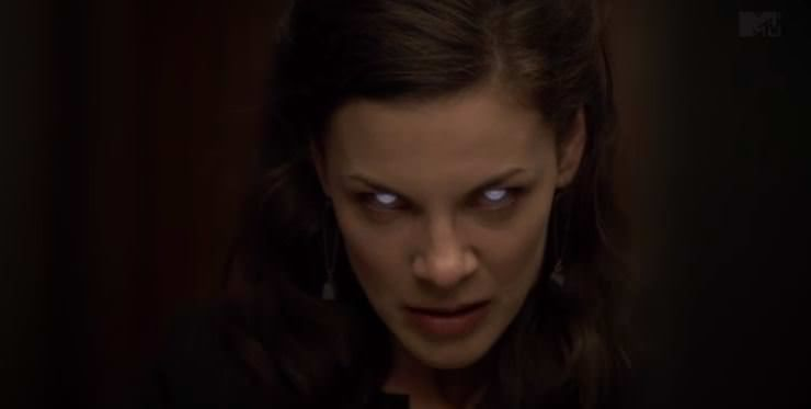 Haley Webb es Jennifer Blake en Teen Wolf