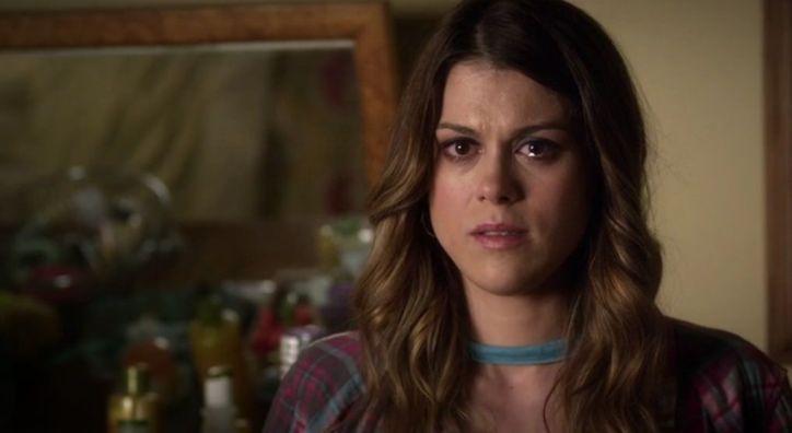 Pretty Little Liars 5x05: Paige se muestra muy dolida y rencorosa con Alison a pesar de las buenas intenciones de ella al pedirle perdón.