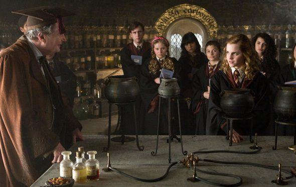 Nuevo profesor de pociones en Harry Potter and the Half-Blood Prince