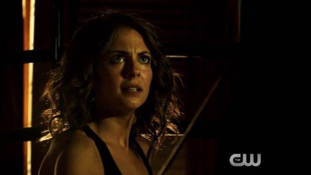 Arrow 3x03: Esta vez los flashbacks se han centrado en Thea y en los primeros momentos de su nuevo entrenamiento.