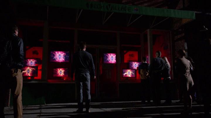 Arrow 3x05: Starling City sufre un ciberataque terrorista, provocando el caos y amenazando con desatar una nueva crisis.