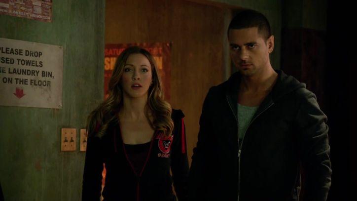 Arrow 3x06: Alguien intenta culpar a Ted de varios asesinatos en la ciudad a causa de una cuenta personal entre ambos.