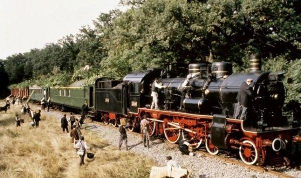 Las 10 MEJORES películas sobre TRENES - El Tren de la Vida