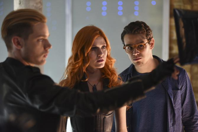 shadowhunters-Jace-Clary-Simon