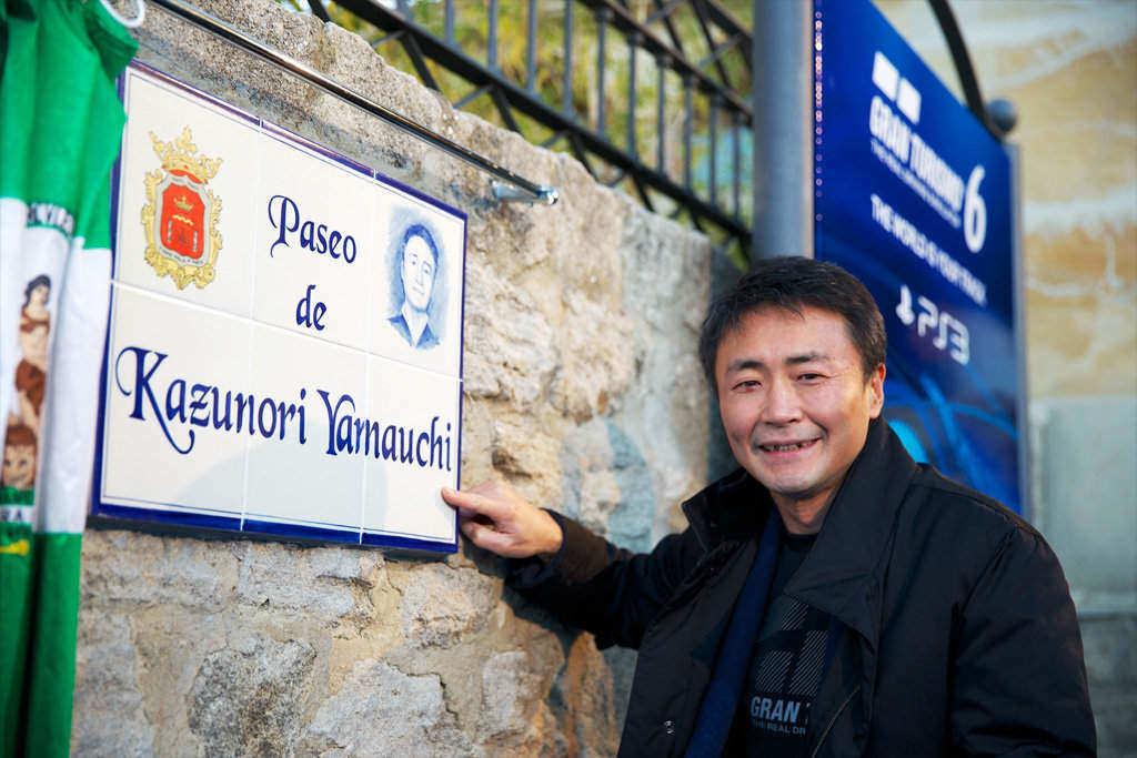 Yamauchi es desarrollador de videojuegos, piloto de carreras y además tiene un paseo con su nombre en Ronda (Málaga) ¿Qué has hecho tú esta semana?