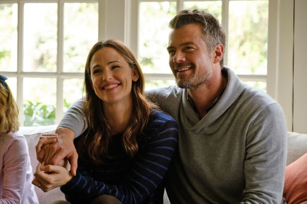 love-simon-jennifer-garner