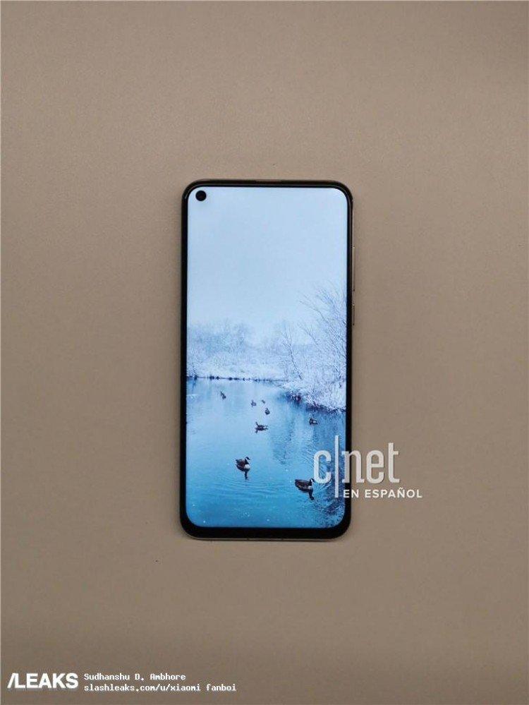 Pantalla perforada en el Huawei Nova 4