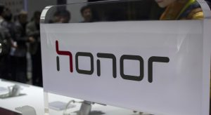 days-before-its-launch-phone-honor-note-10-shows-up-on-one-of-the-electronic-stores-chinese