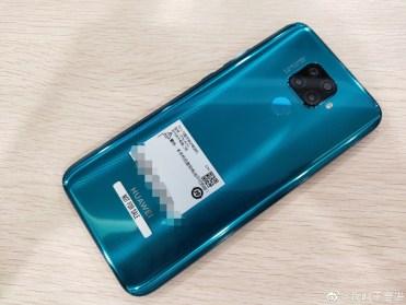 Huawei-Nova-5i-Pro-leaked-photo-4
