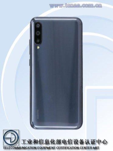 Xiaomi-CC9e-rear
