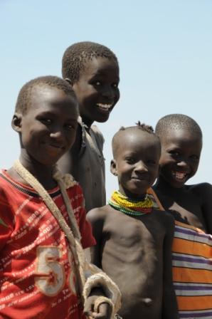 Turkana children having fun with the camera... Hey, I can see myself in the mzungu's black box!