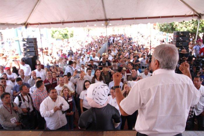 Andrés Manuel López Obrador en Tepatitlán. Foto Cortesía