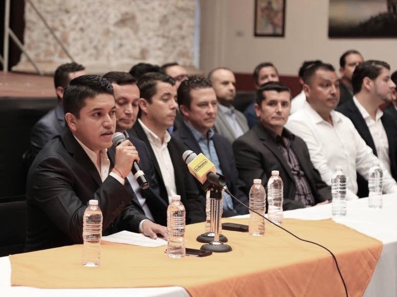 Tecutli Gómez da a conocer a sus funcionarios del Gobierno municipal