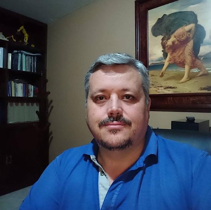 Adolfo Camarena, quien acusa al Alcalde de Tepa por licitaciones amañadas