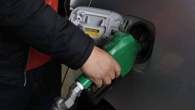 Acuerdan restricciones para la venta de gasolina en Lagos
