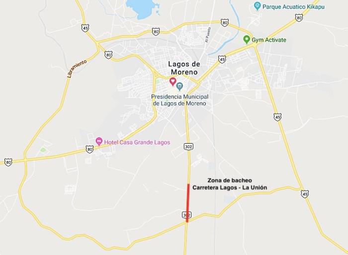 bacheo en carretera Lagos - Unión de San Antonio