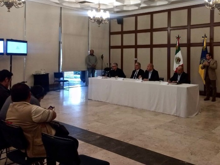 Enrique Alfaro en Casa Jalisco. Foto: Marco Gallardo