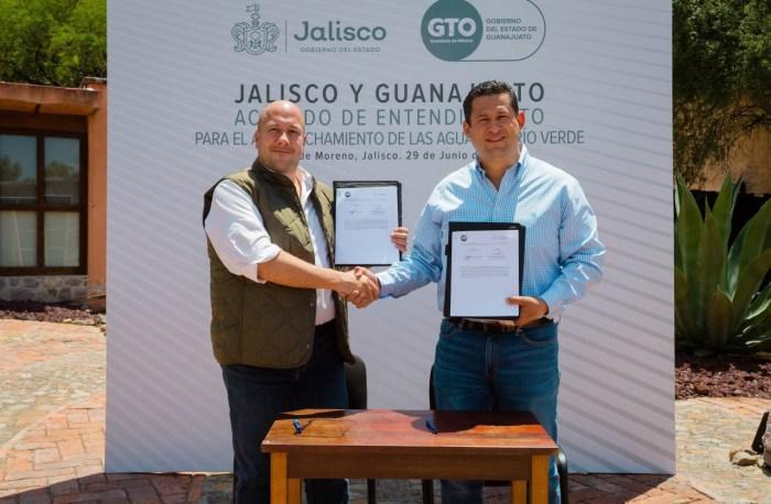 Enrique Alfaro y Diego Sinhue en Lagos de Moreno