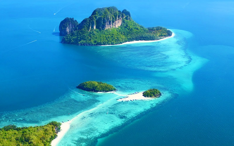 tub-island-attraction-thailand-0