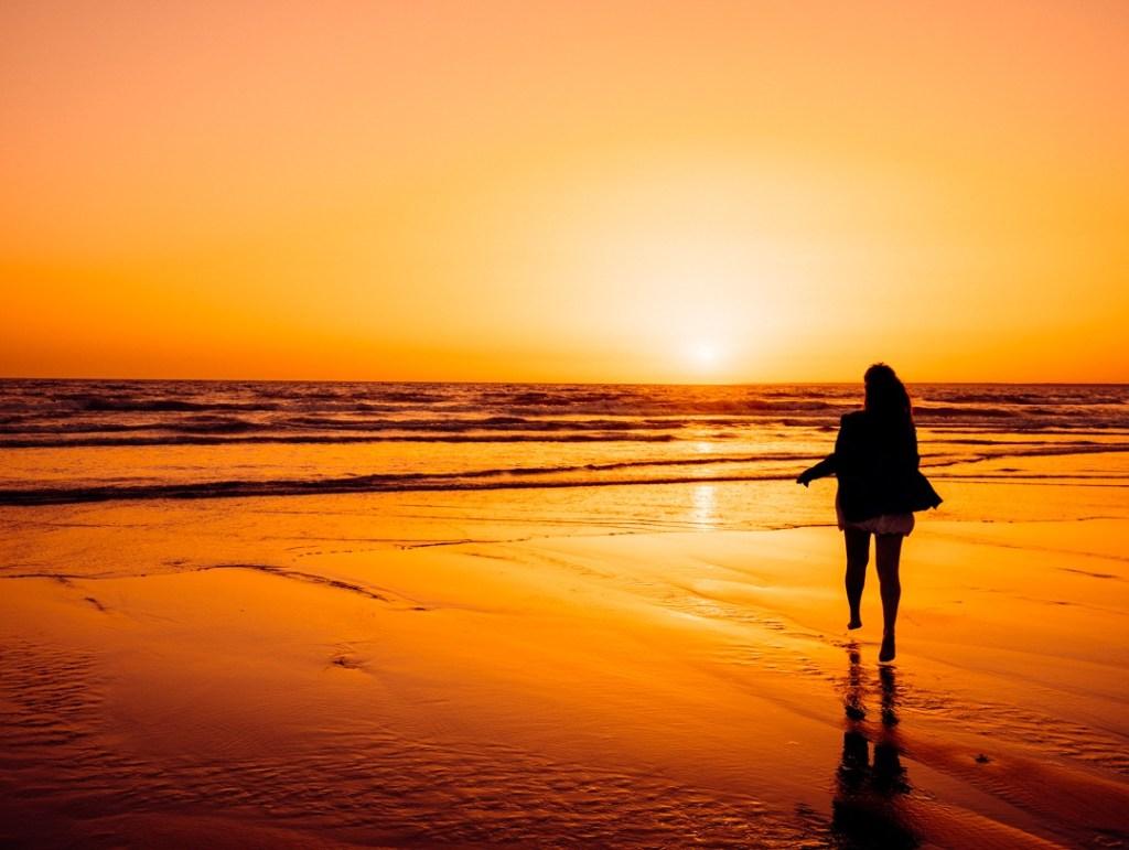 coucher de soleil la tranche sur mer