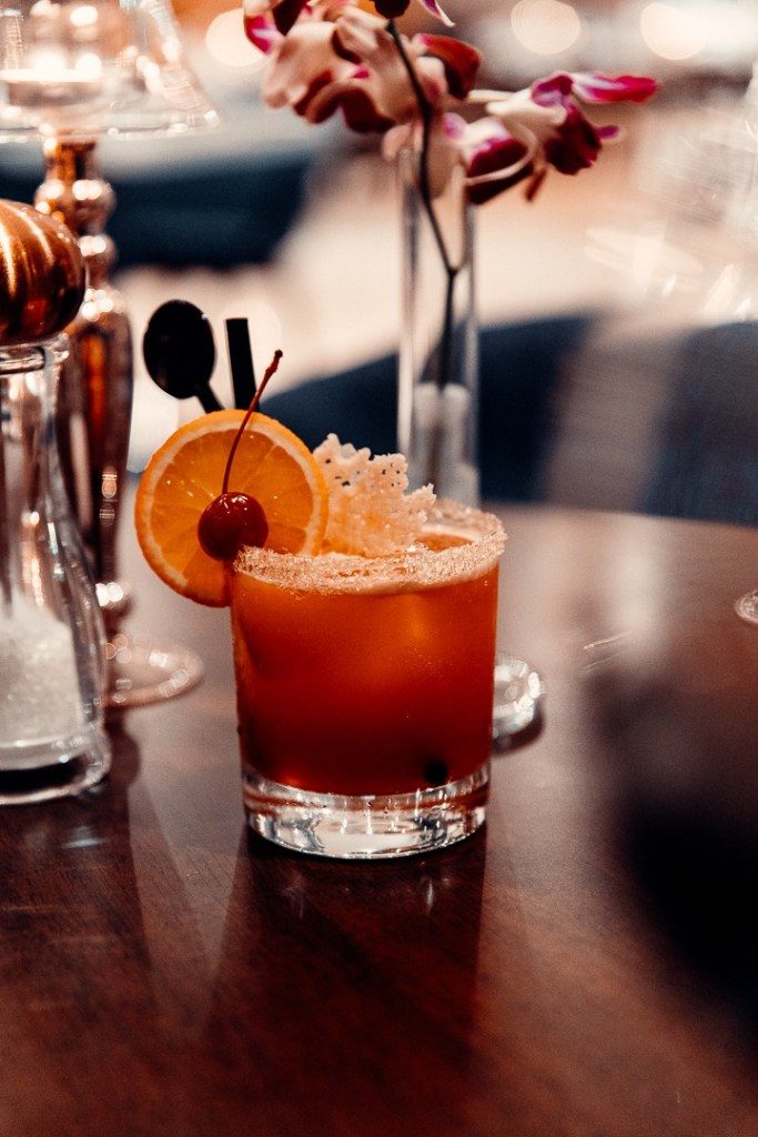 cocktail l'olivo restaurant rixos the palm