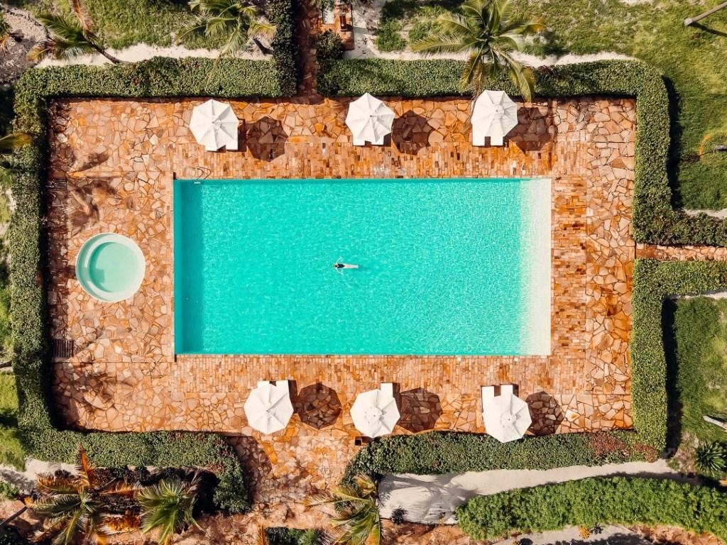 piscine principale the sands