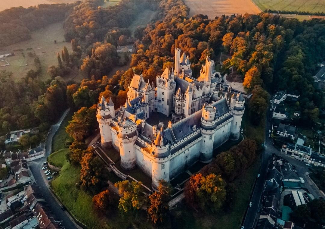 chateau pierrefonds vue du ciel
