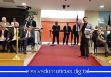 Leonardo Bonillas se retiro de la Asamblea al no estar de acuerdo con sus colegas de estar interpelando a funcionarios