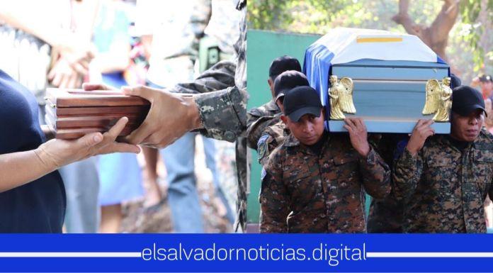 Con honores fue sepultado el soldado asesinado en Atiquizaya, Ahuachapán