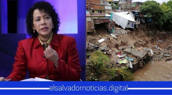 Comisionada Presidencial afirma que las casas de familias afectadas por la tormenta serán construidas, si es necesario con sus salarios