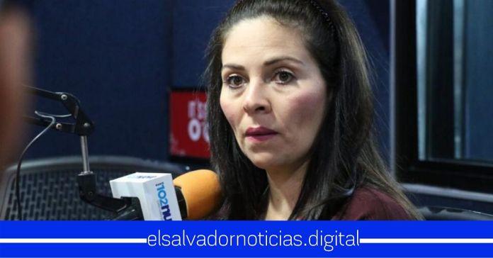 Bertha Deleón pide votos a la población para ser diputada llamándolos