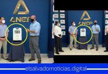Simán y la ANEP hacen mega aporte entregando 1 respirador para que El Salvador le gane la batalla al Coronavirus