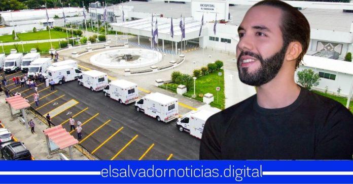 Hospital El Salvador recibe 12 ambulancias para facilitar el traslado y atención a los salvadoreños